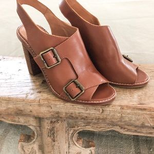 Madewell Buckle leather mules size 7